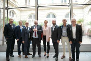Le député Xavier Roseren à l'assemblée générale de l'ANMSM avec le ministre Joël Giraud et les élus locaux